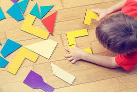 criança jogando